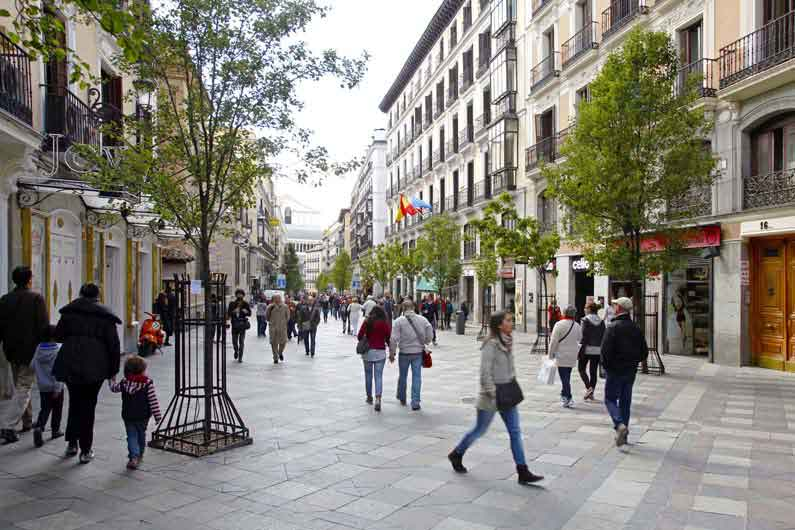 Pisos para estudiantes en madrid centro opera housing madrid - Compartir piso madrid centro ...