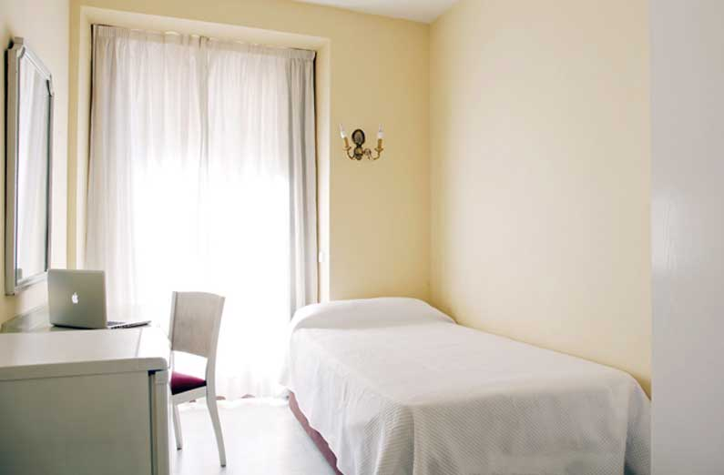 Imagen habitación 1 Vergara, 14 2º derecha alquiler habitaciones estudiantes Madrid centro