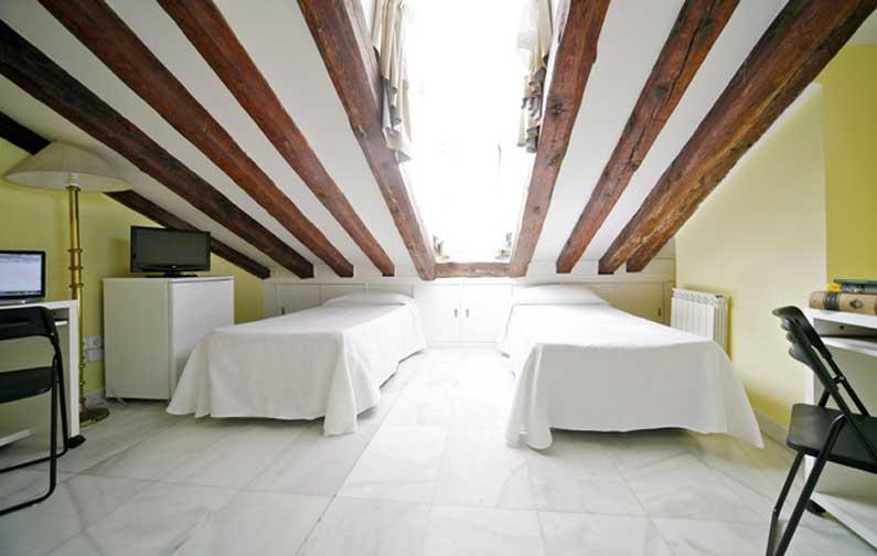 Imagen habitación 11 Arenal, 16 6º derecha alquiler habitaciones estudiantes Madrid centro