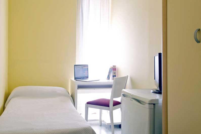 Habitación 3 alquiler estudiantes Vergara 14 2d, Madrid