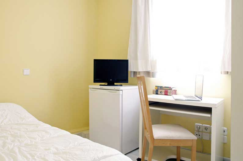 Imagen habitación 5 Arenal, 16 6º derecha alquiler habitaciones estudiantes Madrid centro