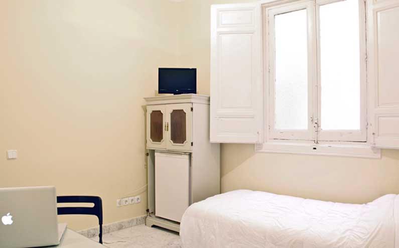 Imagen habitación 7 Arenal, 16 3º ext derecha alquiler habitaciones estudiantes Madrid centro